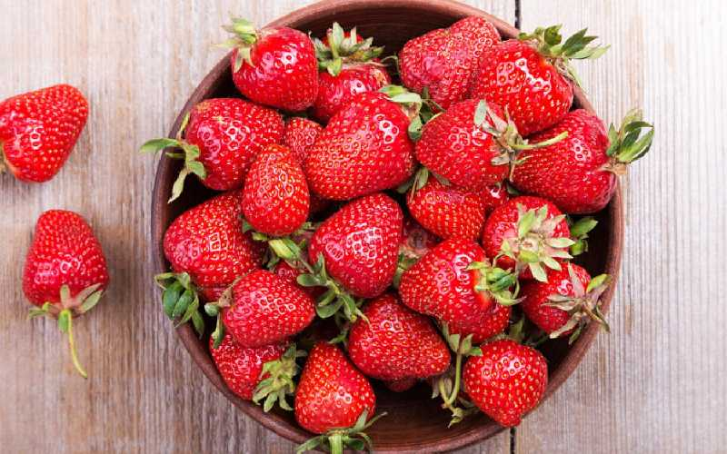 Can Hamsters Eat Strawberries? - Hamster Happy